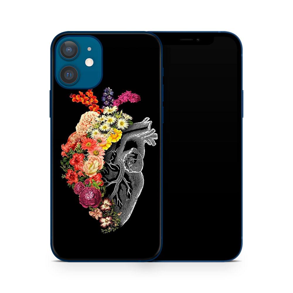 Кожаная наклейка СЕРДЦЕ для Apple iPhone 12